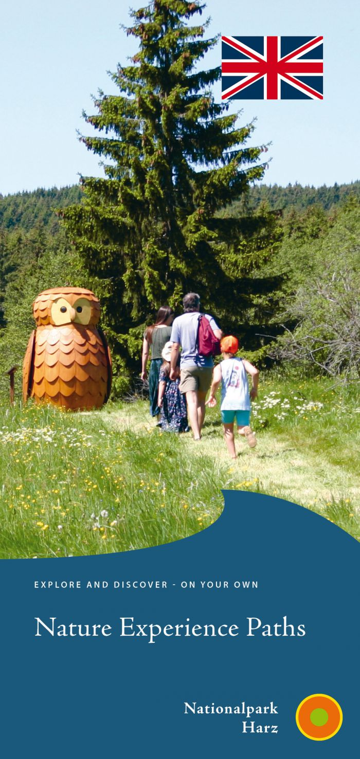 Cover picture of the leaflet 'Nature experience paths'